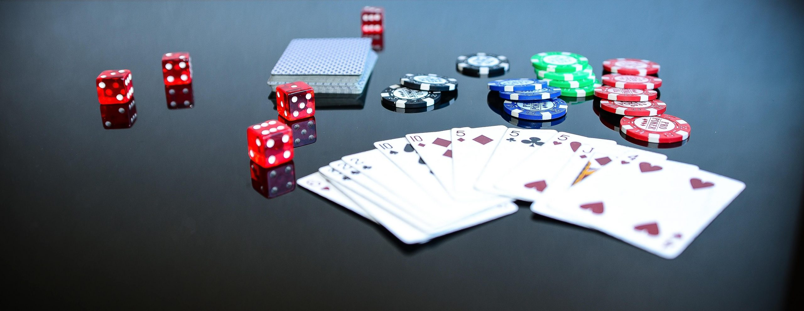 The Goodness of Poker Online